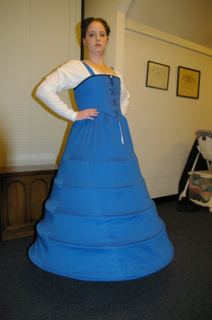 The Farthingale-Kirtle