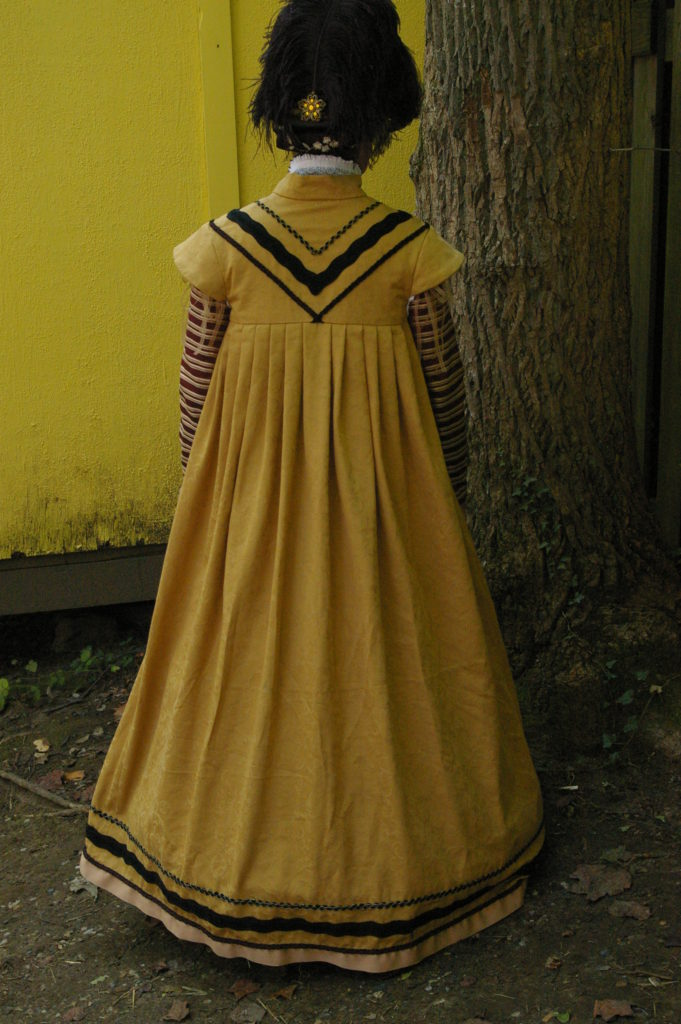 Yellow Pleated Surcoat (back)